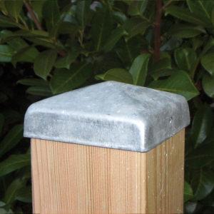 Pfostenkappe aus Stahl verzinkt