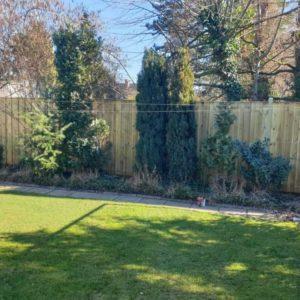 Bretter und Bohlen für Zaunbau