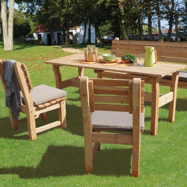 Sitzgruppe-Rhombus-Lärchenholz