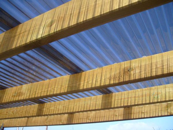 Carport-mit-Lichtwellplatten