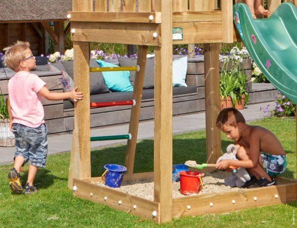 Spielturm Hut mit Sandkasten