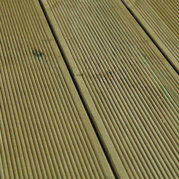 Terrassen-Komplettset-aus-Kiefer